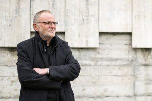 Das Foto zeigt den Theater-Intendanten Rainer Steinkamp