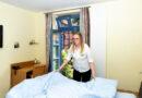 Hotelfachfrau – Für ein Lächeln der Gäste