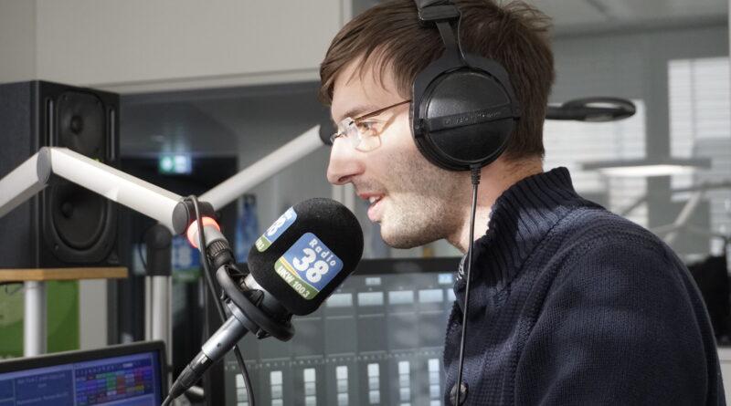 Radio38 Morning-Man Stefan Gelhorn am Miroon