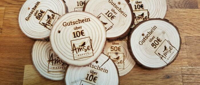 Holz-Gutscheine vom Amsel Kaffee